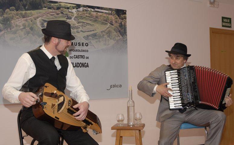 """Actuación do grupo """"Cantata Vernácula"""". Noite dos Museos 2016"""