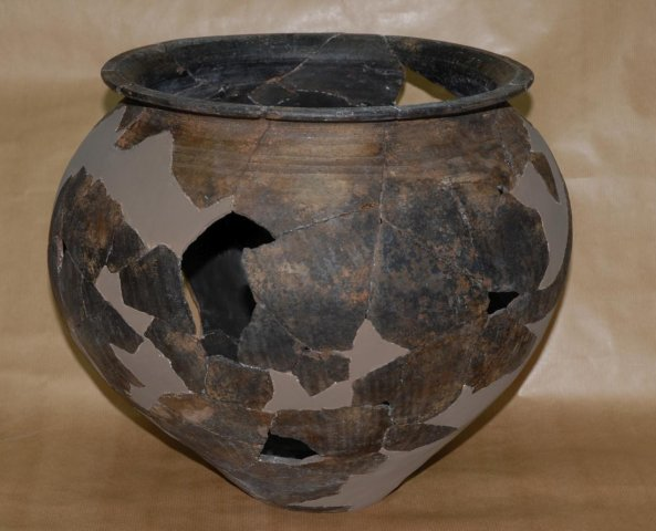 Restoration process of a pot (3)